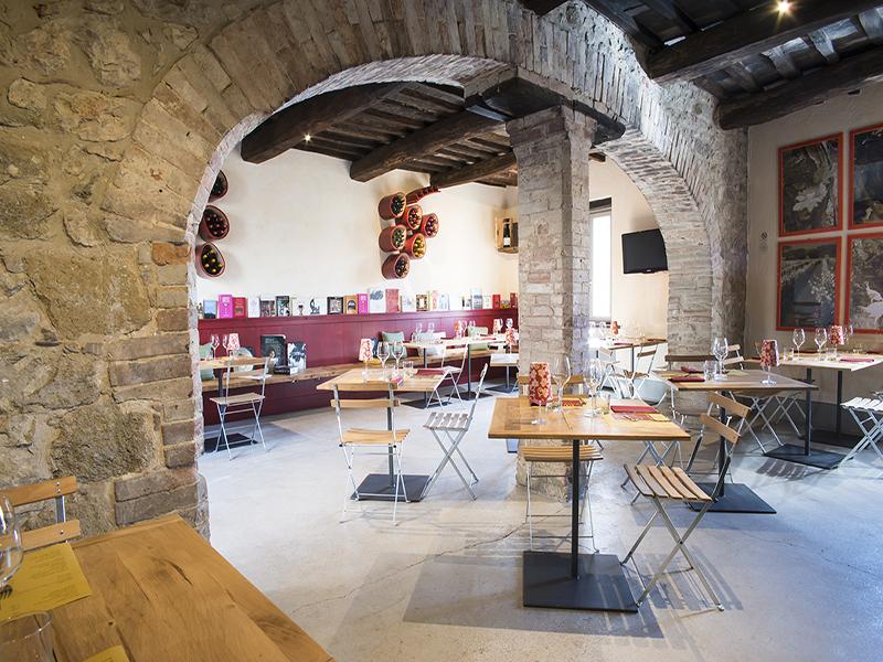 Cantine in Umbria: l'aperitivo è gourmand