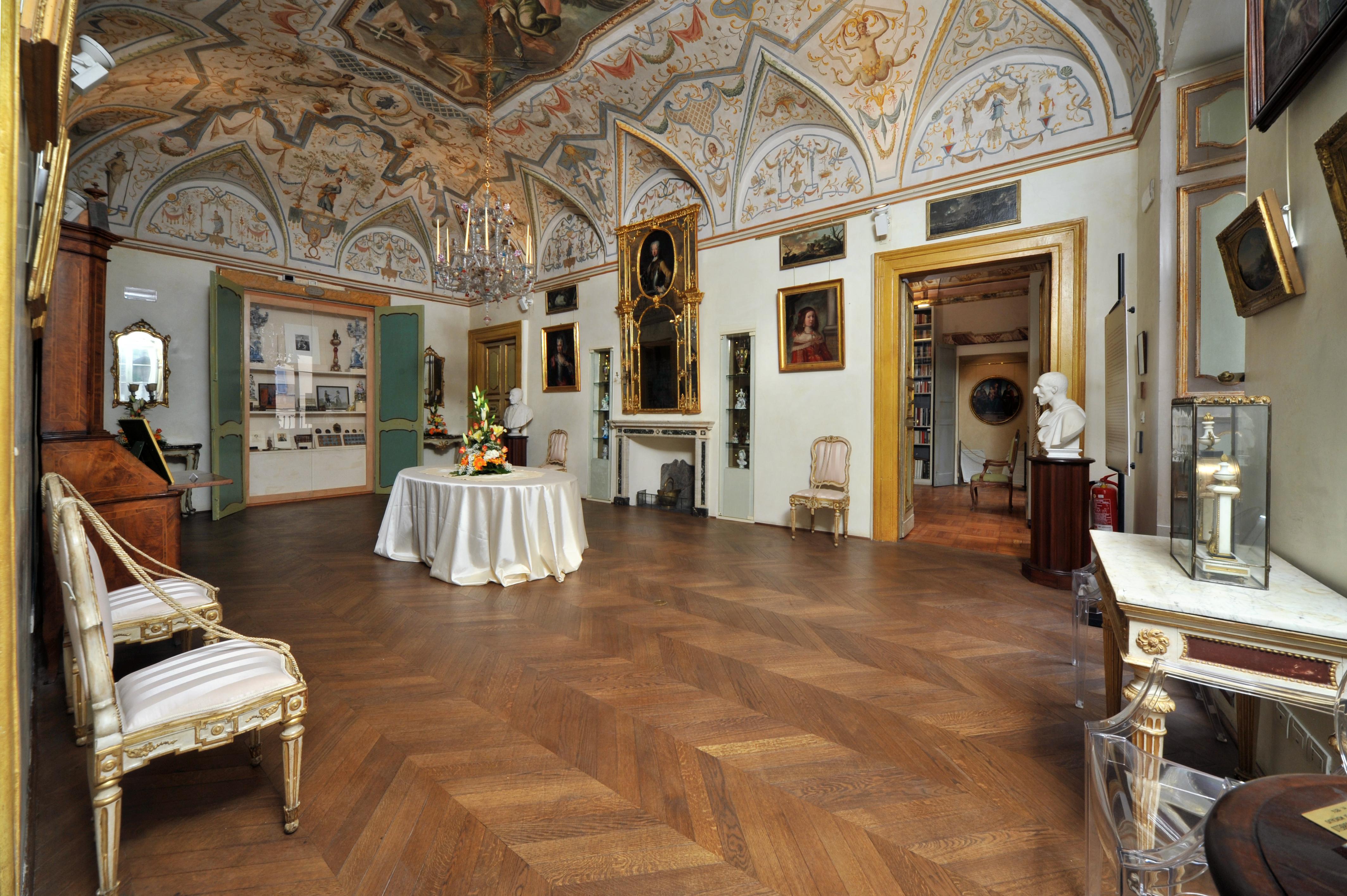 7 Sala Carlo III - Casa Museo di Palazzo Sorbello PG