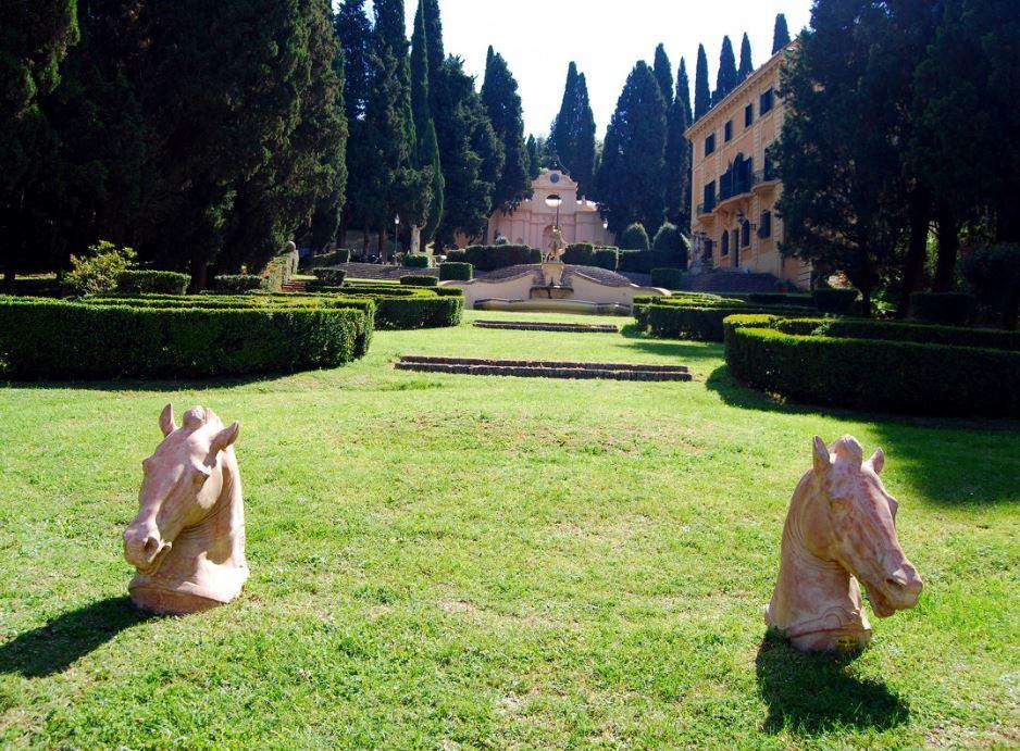 I 5 Giardini piu belli del Centro Italia da visitare almeno una volta Villa Fidelia Spello 2