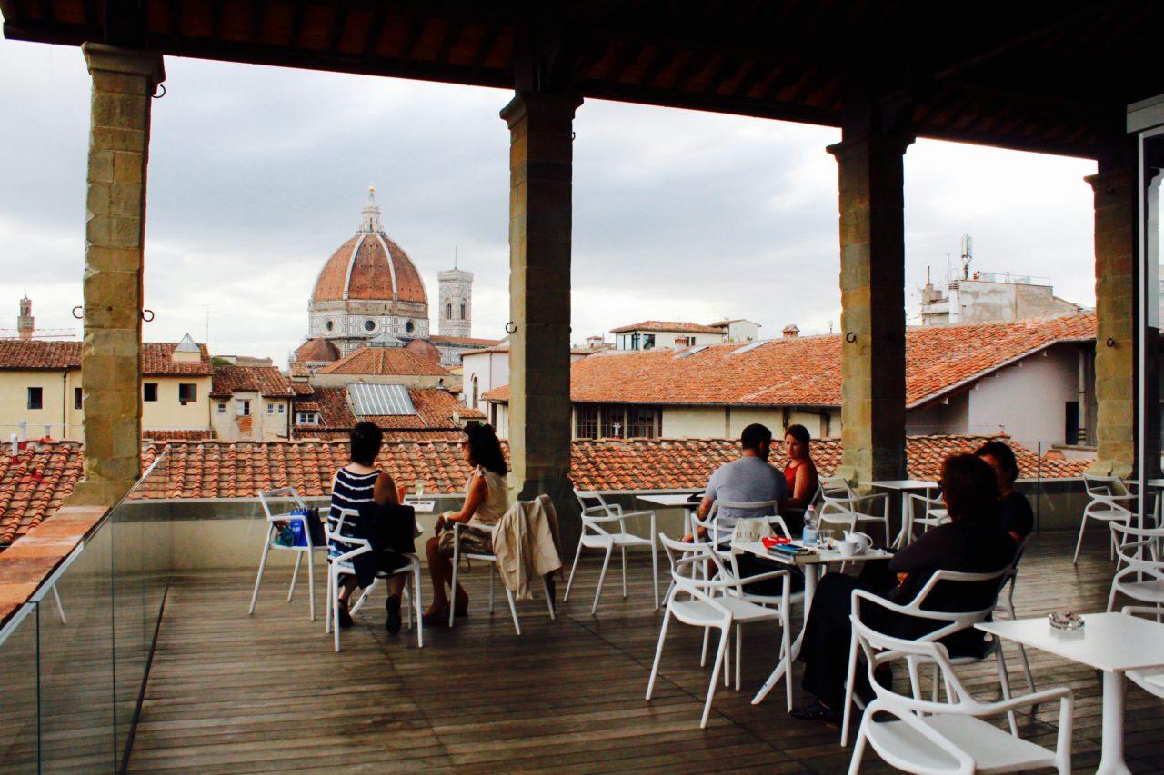 I Rooftop Bar con vista piu belli ed esclusivi a Firenze 1 Caffe del Verone – Museo degli Innocenti