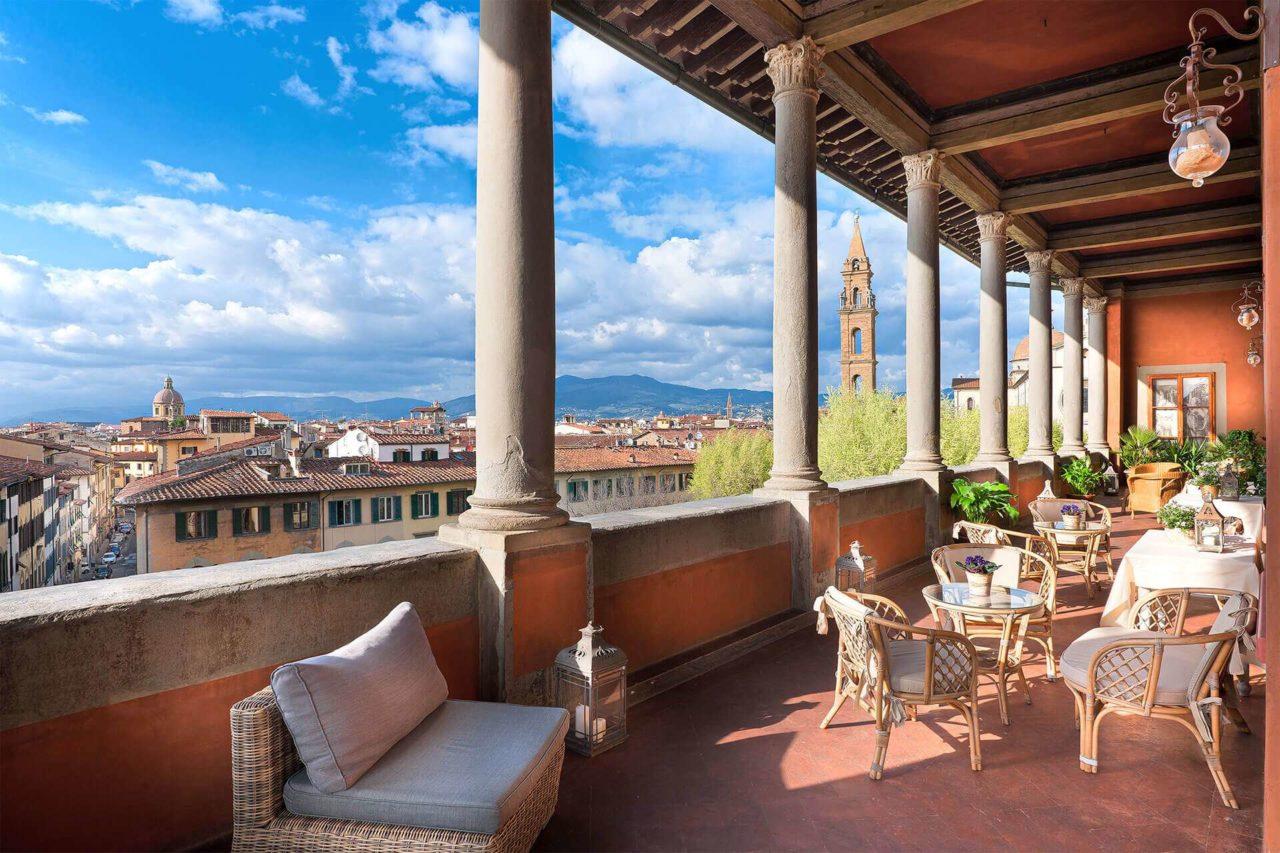 I Rooftop Bar con vista piu belli ed esclusivi a Firenze 1 La Loggia roof bar – Palazzo Guadagni