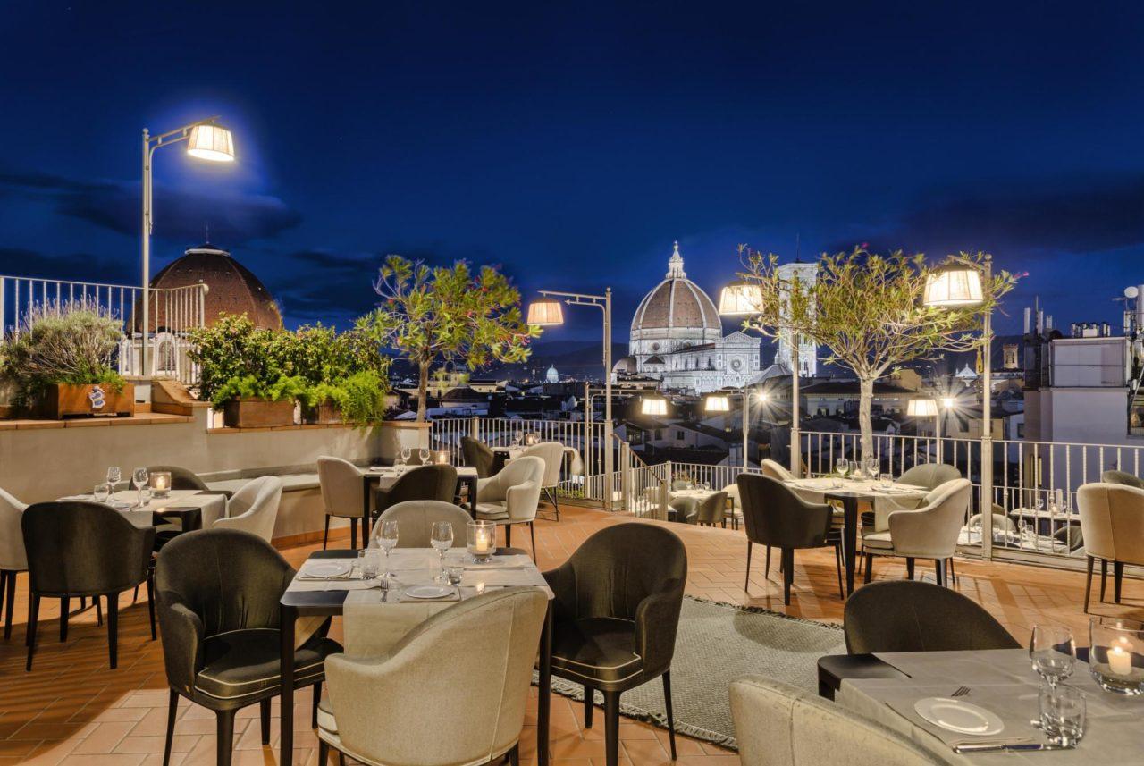 I Rooftop Bar con vista piu belli ed esclusivi a Firenze 2 BRoof Outdoor G.HOTEL BAGLIONI