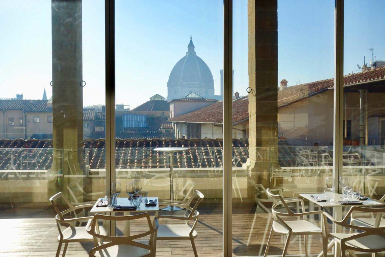 I Rooftop Bar con vista piu belli ed esclusivi a Firenze 2 Caffe del Verone – Museo degli Innocenti